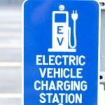 ガソリン時代の車から電気自動車(EV)の次世代エコカーが間近に?